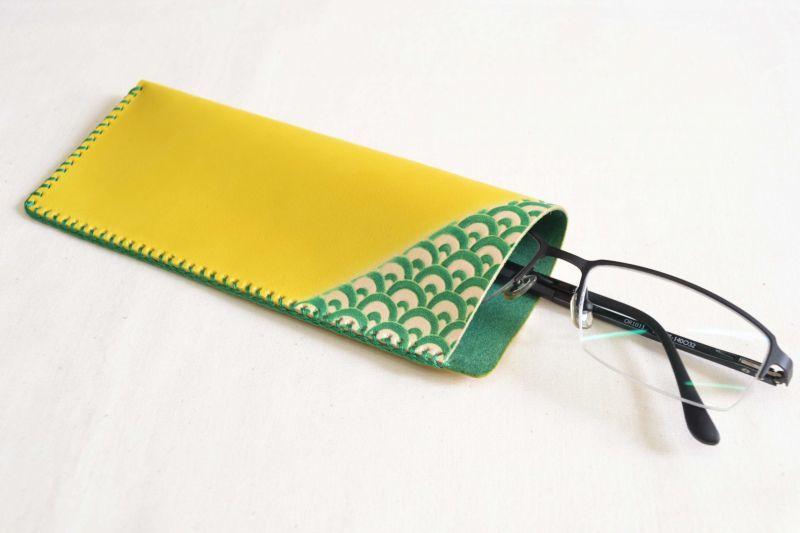 革眼鏡ケース青海波イメージ